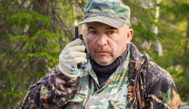 best walkie talkie for hunting in woods